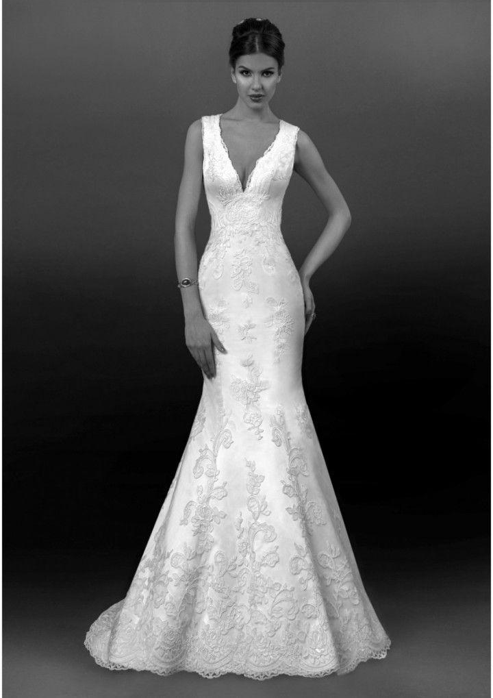743f145d437 18 Most Beautiful Wedding Dresses Of The Week - MODwedding #2475400 ...