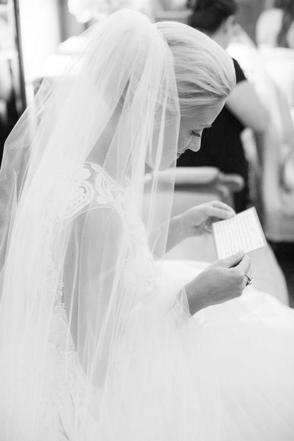 Mariage - Classic Dallas Wedding With A Dream Oscar De La Renta Gown