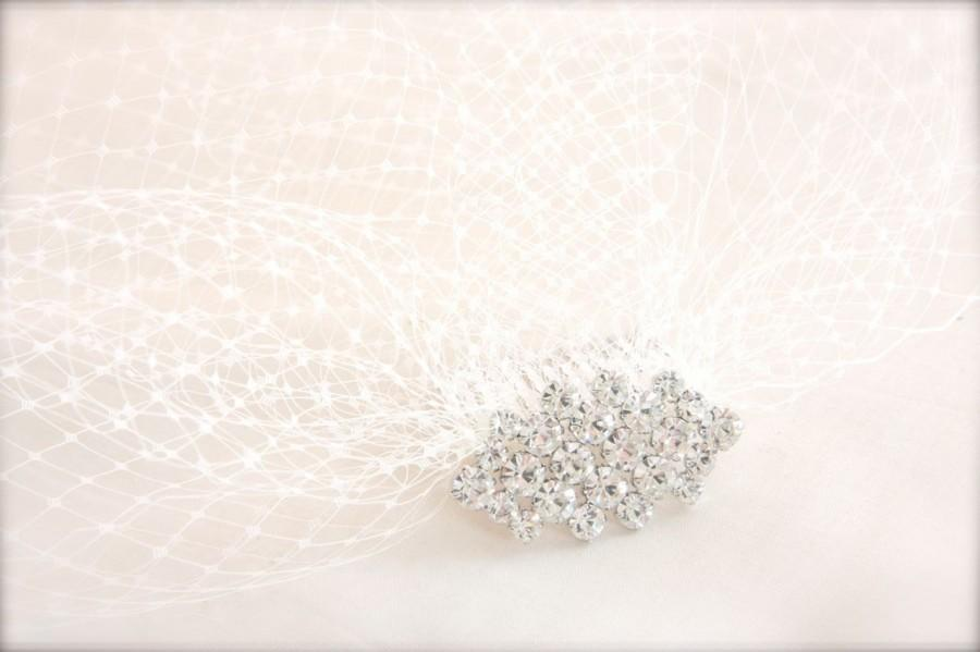 Mariage - Bridal Crystal Comb, Rhinestone Comb Hair Accessory, Tulle or Birdcage Veil with Rhinestone topped Comb, Crystal top Veil