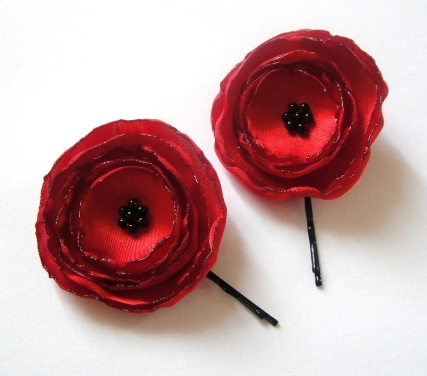 Свадьба - ruby red poppy rose blossom flower hair pins (set of 2)