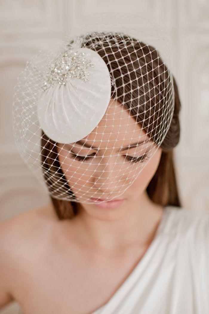 زفاف - 10 Bridal Hats And Fascinators