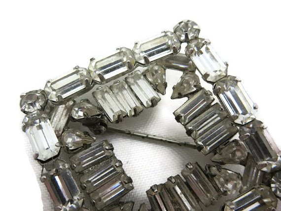 Свадьба - 1950s Rhinestone Brooch - Bridal Costume Jewelry Clear Stones