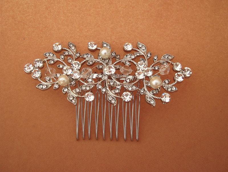 Свадьба - Vine floral design headpiece. Wedding rhinestone and pearl  hair comb, Bridal crystal headpiece, Bridal head piece