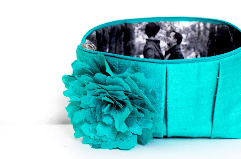 Hochzeit - Something Blue. Personalized Gift. Bridesmaid Gift. Wedding Gift. Bridesmaid Clutch. Wedding Clutch. Will You Be My Bridesmaid. Bridal Gift