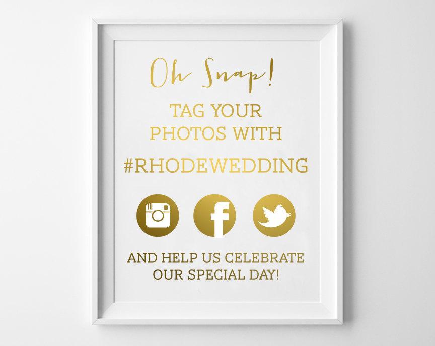 Hochzeit - Wedding Hashtag Signs / Hashtag Wedding Print  / Wedding Hashtag in REAL FOIL / Custom Wedding Hashtags / Wedding Hashtag Print  / Tag Photo