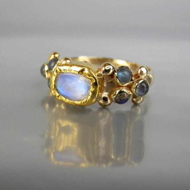 Hochzeit - 14K Solid Gold Ring, Moonstone Ring, Alternative Engagement Ring, Moonstone Labradorite Caterina Ring, Wedding Ring, Unique Engagement Ring