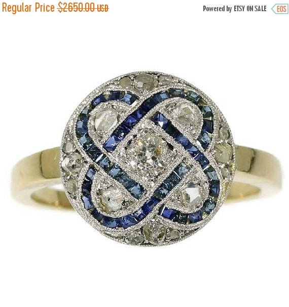 Mariage - On Sale Art Deco diamond and sapphire engagement ring in yellow gold c.1920