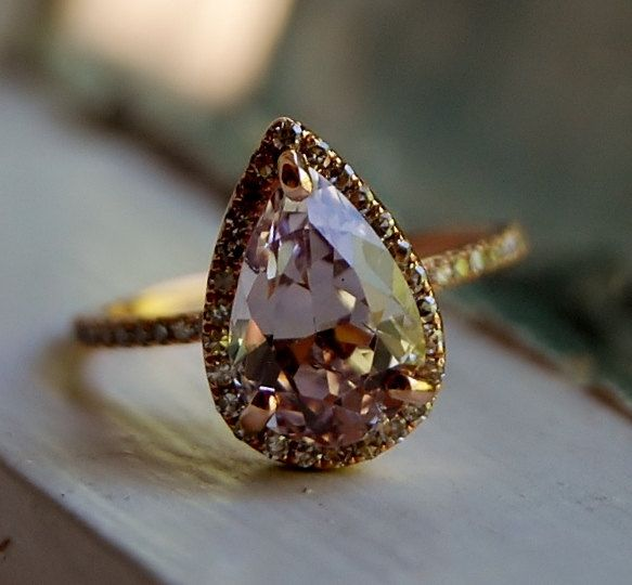 Mariage - 3ct Color Change Sapphire Lavender Champagne Tear Drop Sapphire And Rose Gold Diamond Engagement Ring