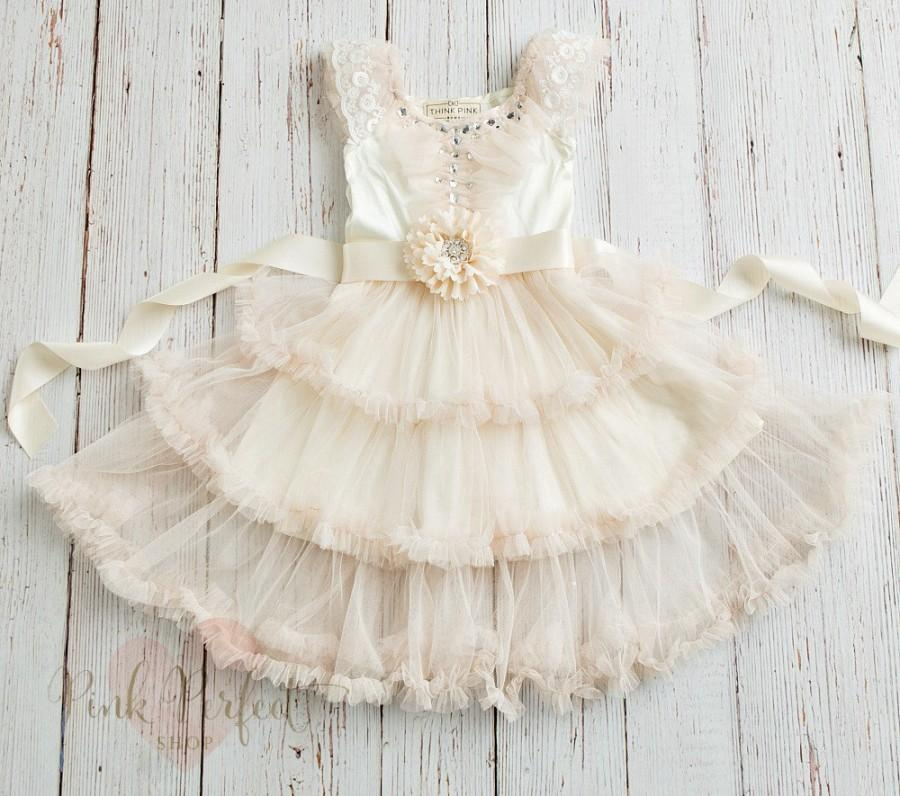 Свадьба - Flower girl dress, rustic flower girl dress, Ivory lace and tulle dress,Country flower girl, Easter dress,Shabby Chic Lace flower girl dress