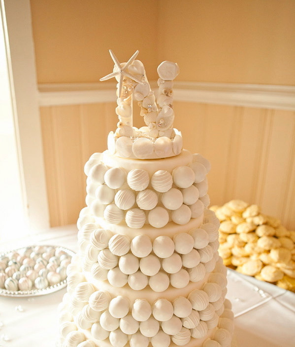 beach wedding cake topper letter with seashells a z beach wedding cake topper shell cake. Black Bedroom Furniture Sets. Home Design Ideas