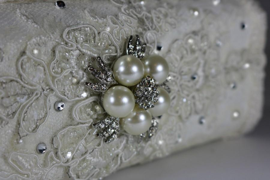 Свадьба - Lacey and twinkly wedding clutch bag .. vintage lace with Swarovski crystals and  pearls ... FREE shipping within the US