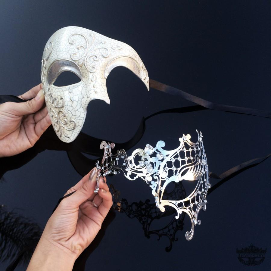 Свадьба - His & Hers Classic Phantom Masquerade Masks [Ivory/Silver Themed] - Ivory Half Mask and Silver Laser Cut Masquerade Mask with Diamonds
