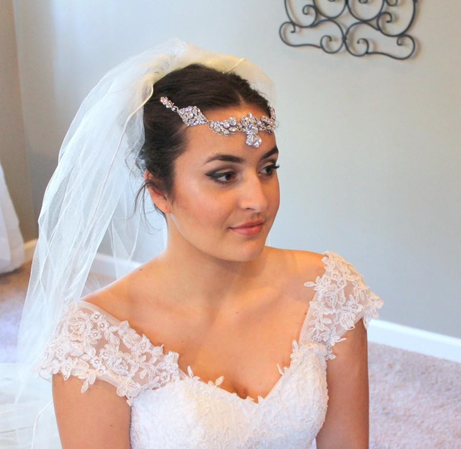 Свадьба - Rhinestone Wedding headpiece, Bridal forehead band, Couture Wedding accessory, Bridal halo head piece, Swarovski crystal hair piece, Vintage