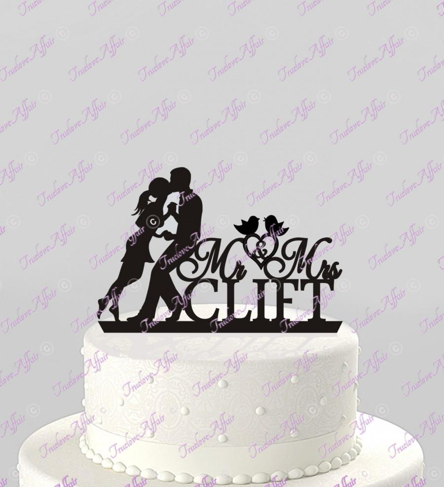 Hochzeit - Wedding Cake Silhouette Topper Mr and Mrs Personalized with Couple in Love and Last Name, Acrylic Cake Topper [CT45]