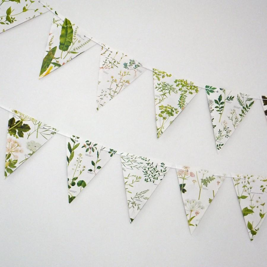 Mariage - Wedding Garland,  Earth friendly banner, Wedding decor, Green Bunting, Natural Wedding, Garland, up-cycled paper bunting, pennants