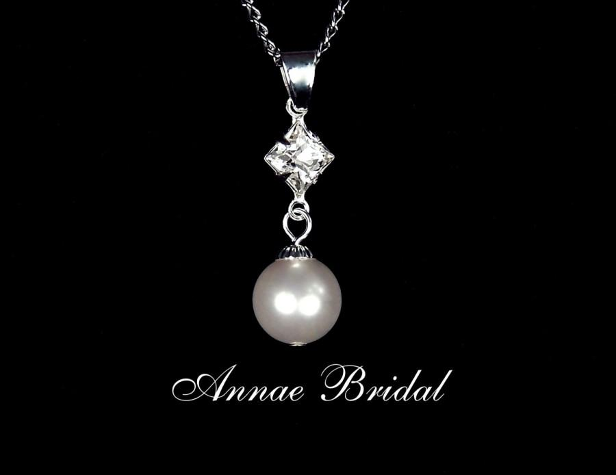 """Mariage - Pearl pendant necklace, bridal jewelry, White pearl drop pendant from square rhinestone, wedding, Swarovski, """"Simply Divine"""" necklace"""