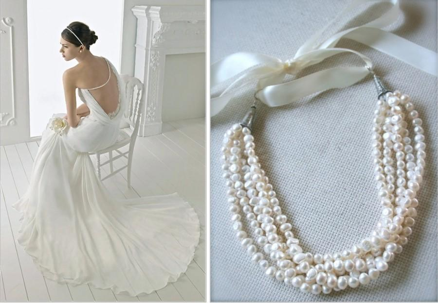 statement necklace bib pearl