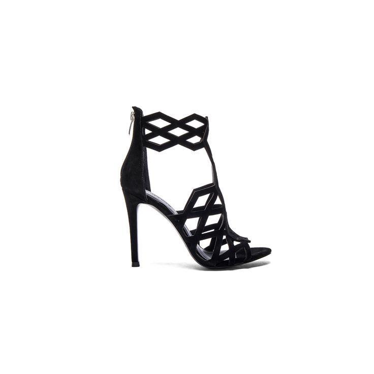 Свадьба - 10 Irresistible Black Heels For Date Night