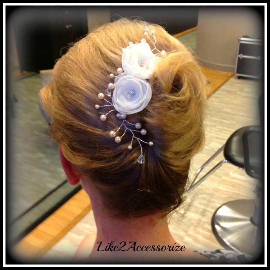 Hochzeit - Bridal Hair Comb Bridal Hair Flower Wedding Bridal Hairpieces Flower Pearl Hair Comb Ivory Champagne Hair Comb Veil Attachment