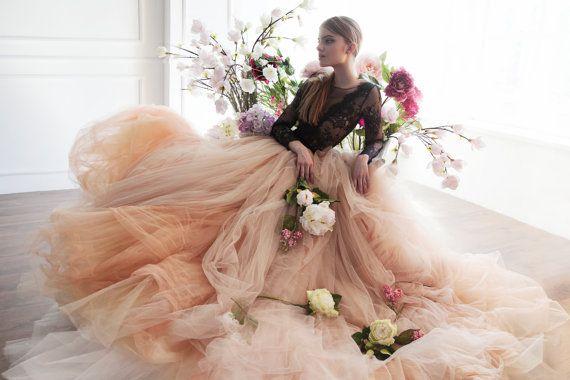 Boda - Nude Tulle Wedding Skirt // Peony