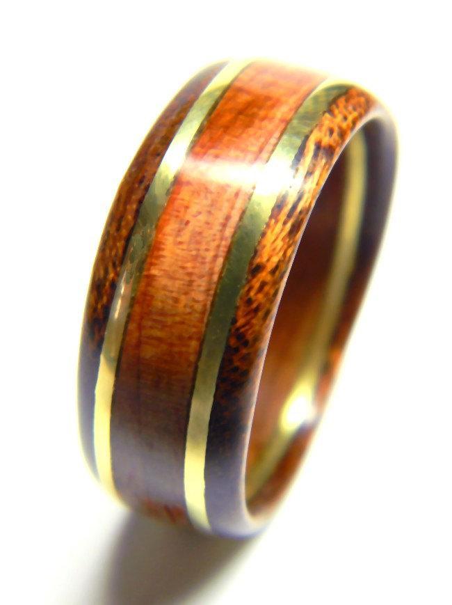 Свадьба - Unique Men's Wood Ring Cedar and Brass, Wedding Band, Engagement Ring, Weddings, Alternative Ring, Wood Ring, Men, For Him, Wood Jewelry