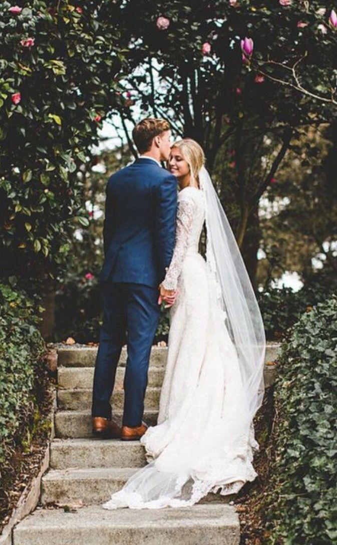 Hochzeit - Here Comes The Bride: The Pros And Cons Of Planning A Big Wedding