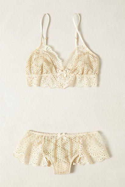 زفاف - Crocheted Eris Bralette