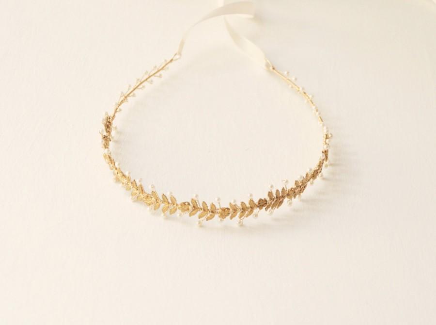 Hochzeit - Gold floral headpiece, Gold flower hair vine, Gold wedding headpiece, Bridal pearl tiara, Gold with pearls headband, Woodland, Gold bridal