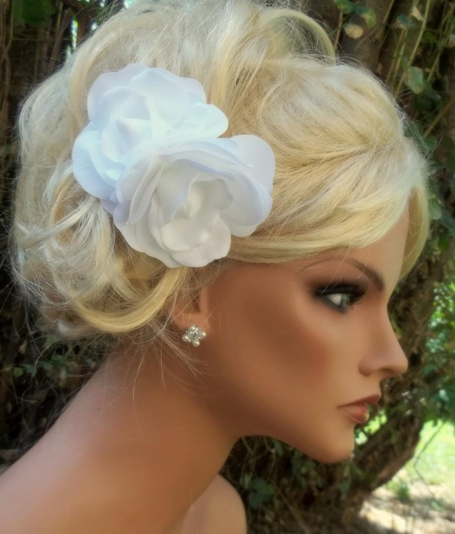 Hochzeit - White or Ivory double gardenia bridal fascinator,flower fascinator, bridal hair clip, bridal wedding hair clip - ship ready