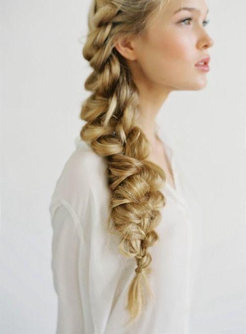Mariage - Wedding Hair Inspiration: 32 Fresh & Feminine Bridal Braids