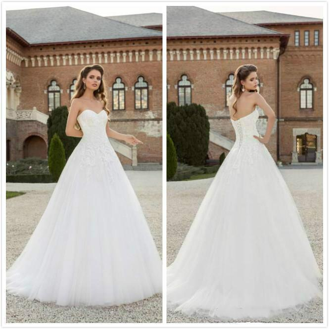 Mariage - 2016 Fall Sleeveless Wedding Dresses White Simple Style Church Tulle Cheap Bridal Ball Gowns Sweetheart A Line Custom Made Online with $106.03/Piece on Hjklp88's Store