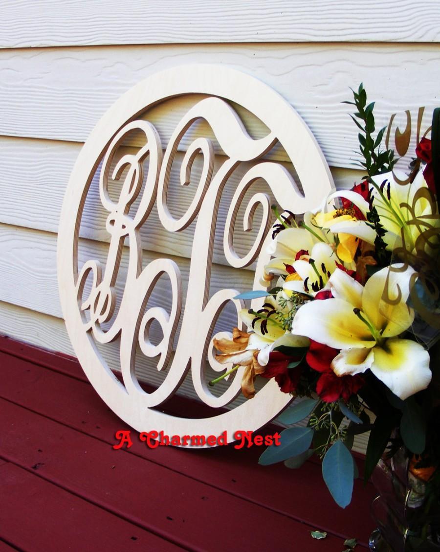 Hochzeit - 24 Inch Interlocking Script Wooden Monogram with Round Border, Wood monogram