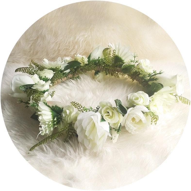 Hochzeit - I love.. White Wedding Flower Crown