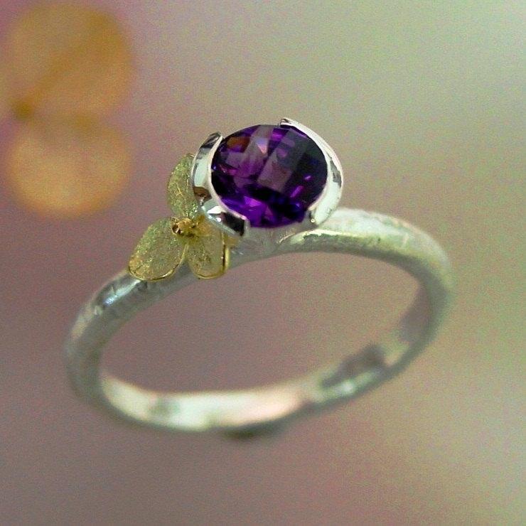 Hochzeit - Rose Cut Round Amethyst Stacking Ring, Purple Gemstone, 18k Gold Hydrangea, Sterling, February Birthstone, Unique, Made to Order