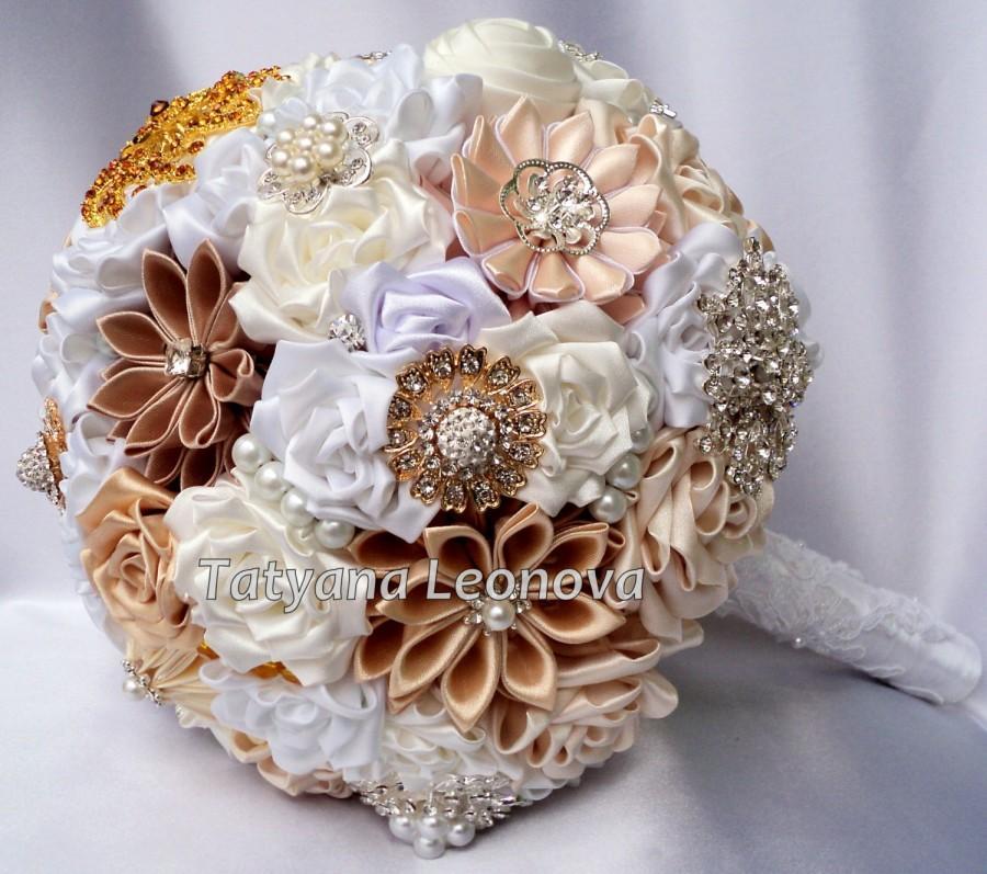 """Mariage - Fabric Wedding Bouquet, Brooch bouquet """"Сrown""""  Off-white, Beige, Cream and Milk"""