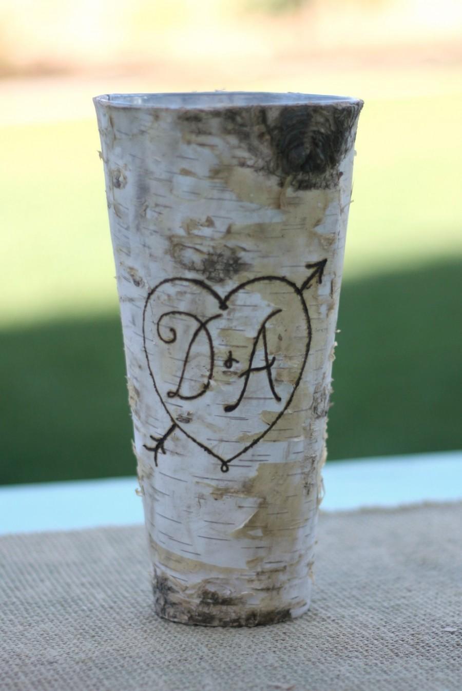 Hochzeit - Personalized Birch Bark Wood Vase (item E10543)