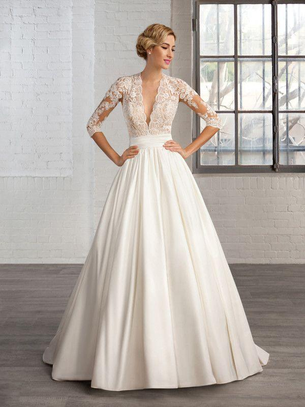 Wedding - Deep V Neck Half Sleeves Wedding Party Gown