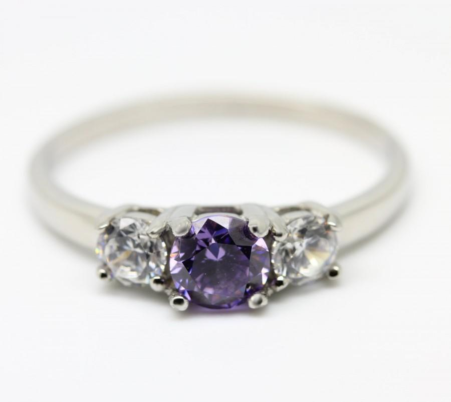 Mariage - 1ct genuine Amethyst and white sapphire Trilogy ring - Availabie in Sterling silver or titanium - engagement ring - wedding ring