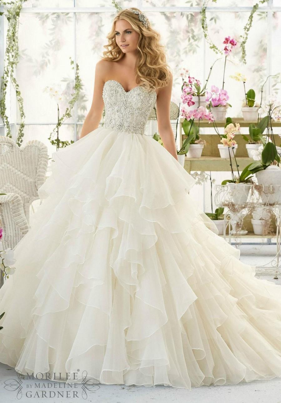 Gorgeous cascading ruffle white wedding dresses with beads for Wedding dresses with ruffles