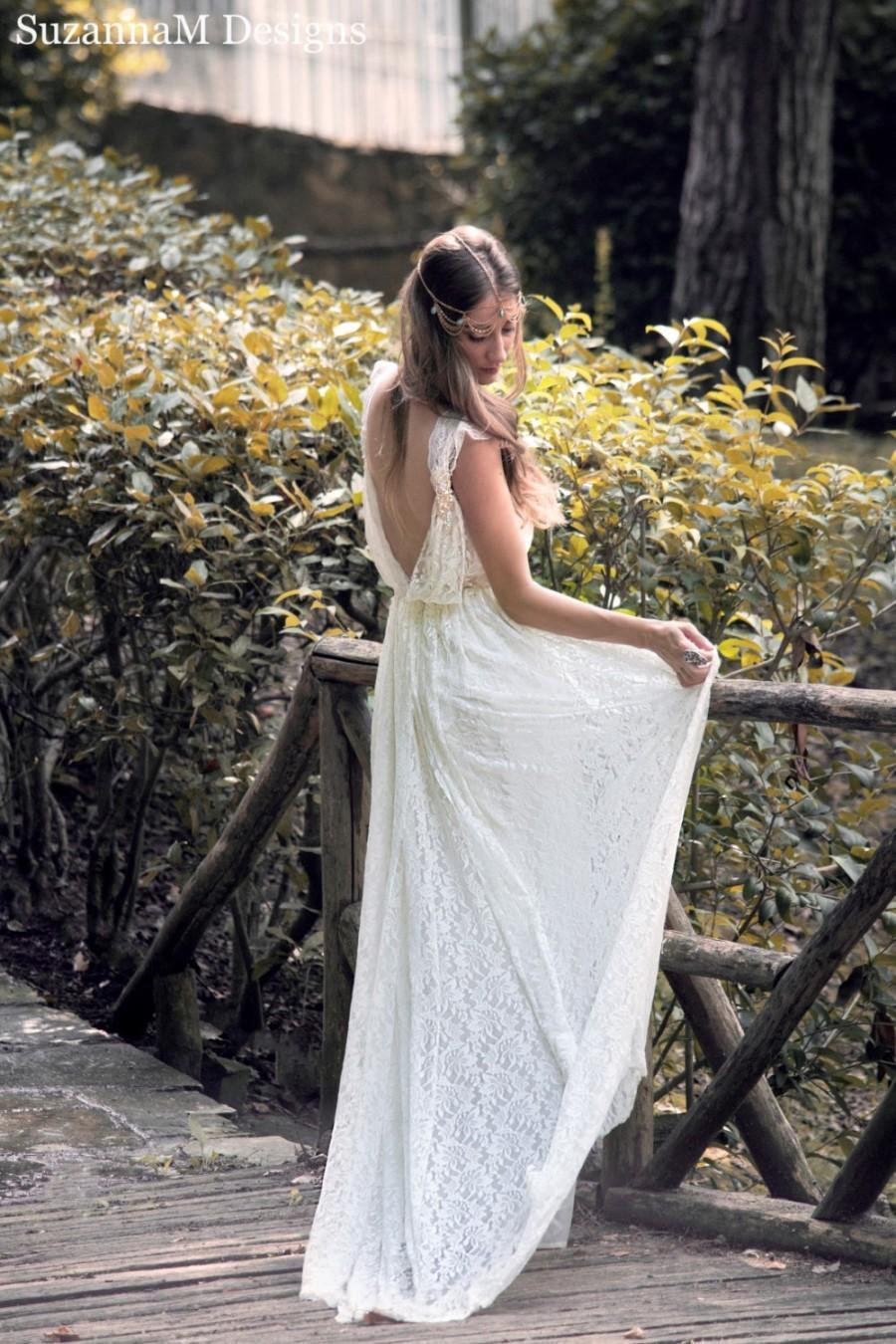 Hochzeit - Ivory Bohemian Wedding Dress Beautiful Lace Wedding Long Gown Boho Wedding Gown Bridal Gypsy Wedding Dress - Handmade by SuzannaM Designs
