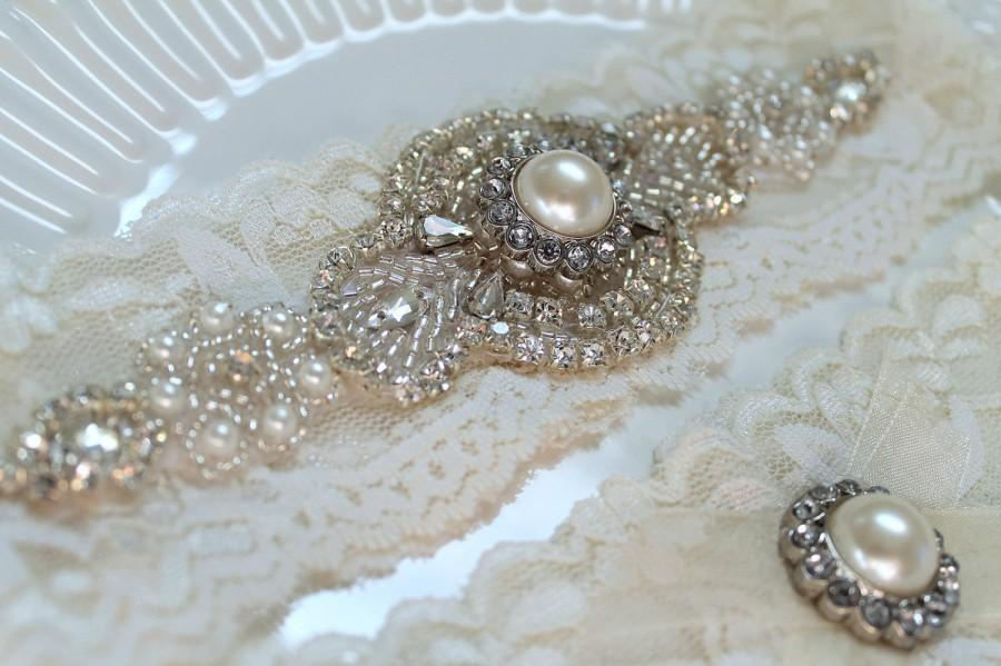 Свадьба - Bridal rhinestone pearl applique garter set. Ivory stretch lace crystal wedding garter. ROMANCE