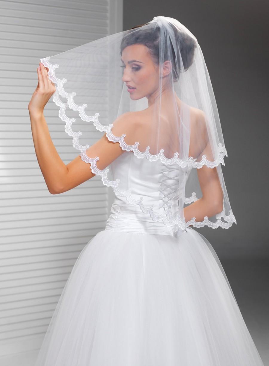 زفاف - 2 Tier Scalloped Bridal Wedding Veil in Ivory or White