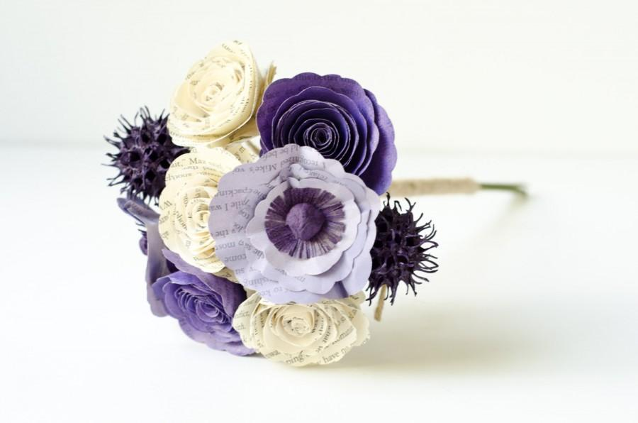 Mariage - Flower Girl or Toss Bouquet made from Books with Roses, Poppies, Sweetgum - IN YOUR COLORS - Book Page Wedding Flowers