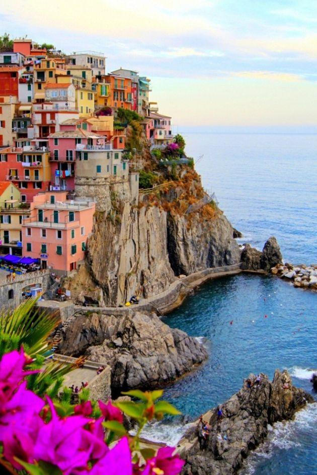 Honeymoon top 14 must see places in the world 2481131 for Places you must visit in italy