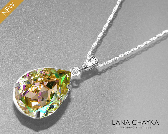 Luminous Green Crystal Necklace Luminous Green Rainbow