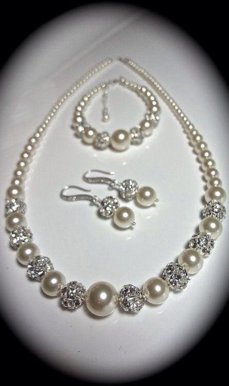 Hochzeit - Chunky Pearl Jewelry Set ~ 3 Piece Set ~ Brides Jewelry Set ~ Swarovski Pearls And Crystals ~ Pearl Bracelet, Earrings, Necklace ~ LOLITA
