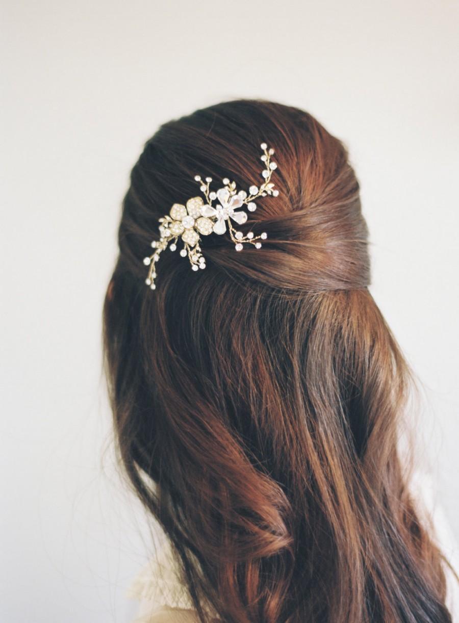 Mariage - Bridal Hair Comb, Swarovski Crystal Comb, Bridal Hair Accessory, Swarovski Crystal Bridal Comb, Floral Comb, Bridal Bling, #1602