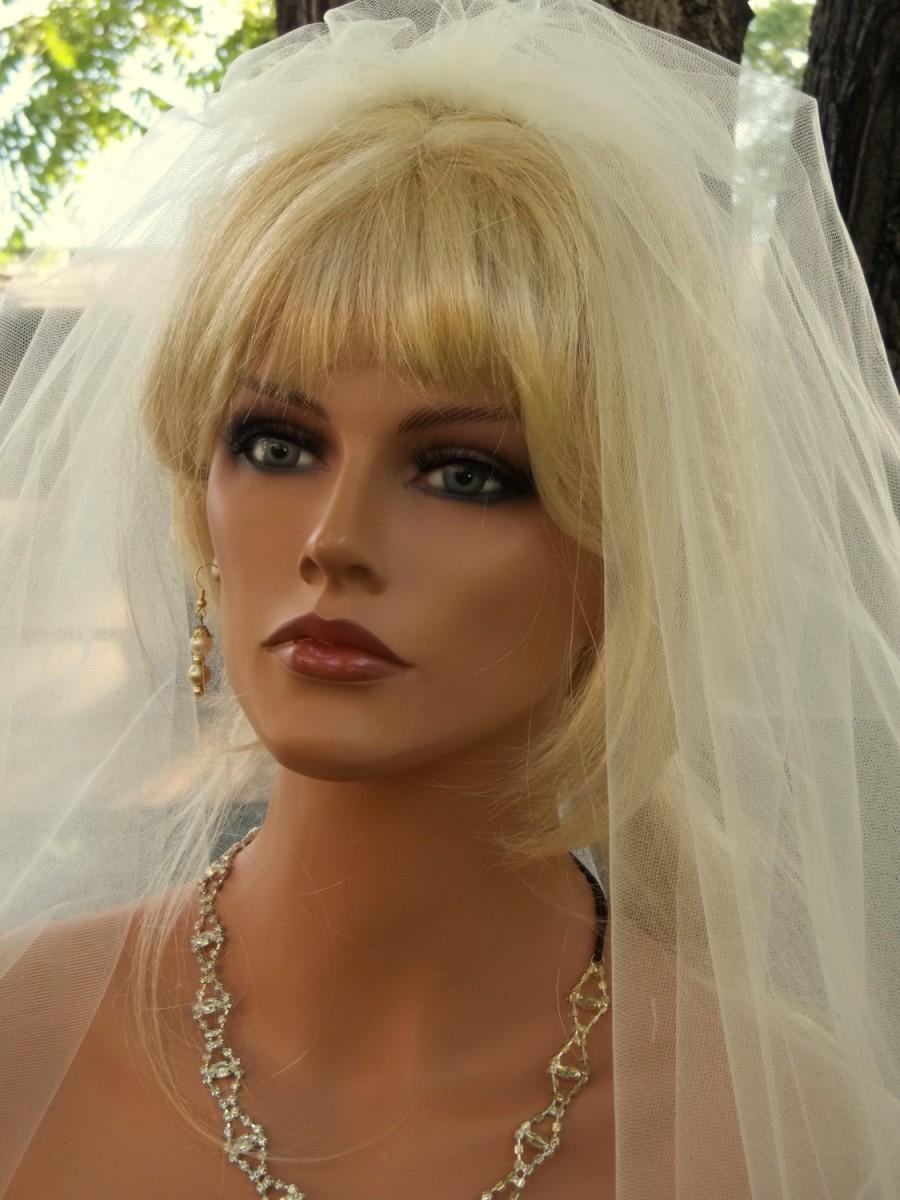 Mariage - WEDDING VEIL, Bridal Veil, Blusher Veil, Round Wedding Veil, Ivory Bridal Veil, White Bridal Veil, Elbow Length Veil,Custom Bridal Veil