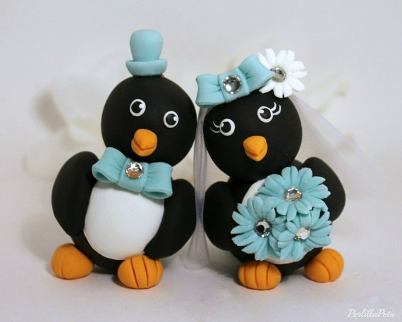 Mariage - Touching heads penguin cake topper with banner, turquoise, black and white wedding
