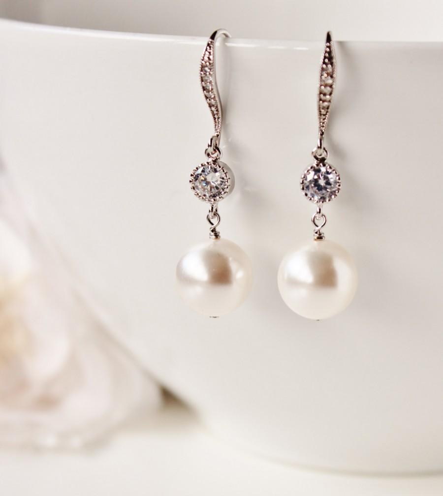 Свадьба - Pearl Bridal Earrings Pearl Wedding Earrings Bridesmaid Earrings White Ivory Swarovski Pearl Earrings Drop Earrings Bridesmaid Gift Jewelry